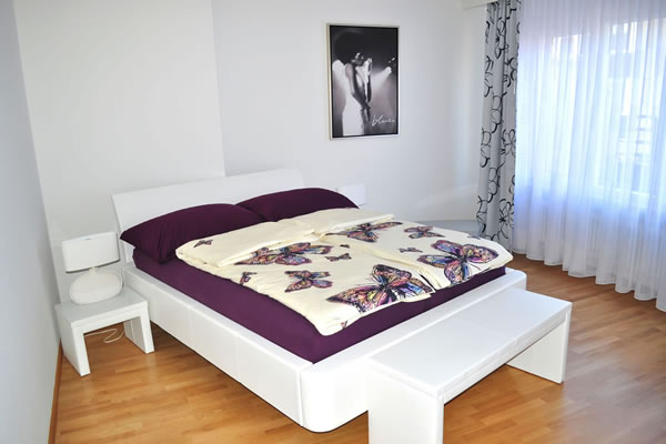 Apartment basel i zimmer i hotel i bernachtung i bed for Bett 4 you bettenvermietung pinneberg